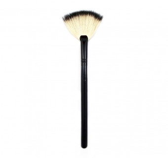Morphe B8 Badger Deluxe Fan Brush